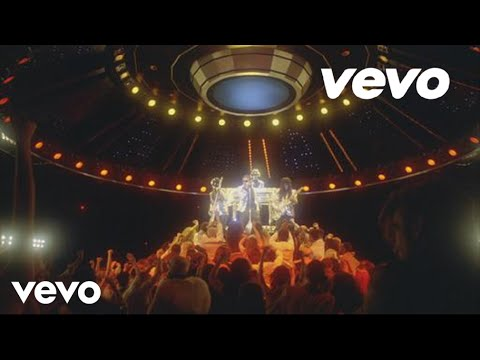 Daft Punk – Lose Yourself to Dance