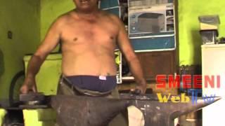 getlinkyoutube.com-Unul dintre putinii potcovari din Buzau. 27.06.2014