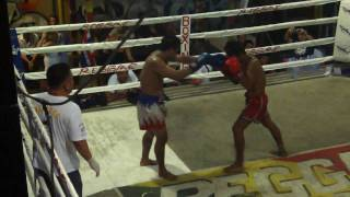 getlinkyoutube.com-Most Brutal Muay Thai Fight Ever Thailand Round 3
