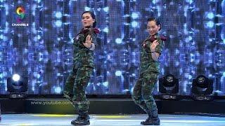 getlinkyoutube.com-เมื่อสองทหารสาว มาโชว์สต็ปการเต้นบนเวที ฮ่าได้อีก!!!