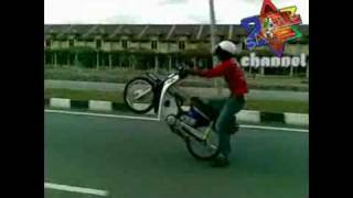 getlinkyoutube.com-Mat Rempit Terengganu ( Benetton Crew Terengganu )
