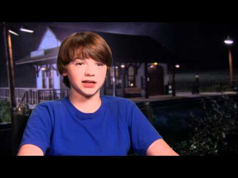Joel Courtney 'Super 8' Interview