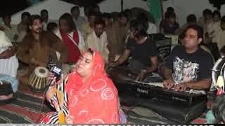 getlinkyoutube.com-Medam Farrah MEIN NOKAR GHAZI DA QASIDA MELA BABA BAHADUR SHAH QALANDAR CHAO KHALSA 2011.mpg