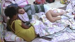 getlinkyoutube.com-Vídeos   BBB11   Natalia tenta dormir, mas Diana e Janaina animam a sister