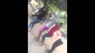 Girl and boy bek sloy dancing