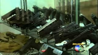 getlinkyoutube.com-Jornal da Record reportagem fábrica da Taurus armas