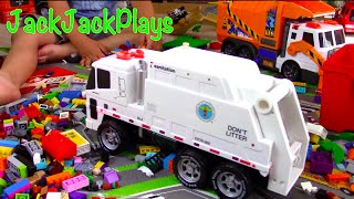 getlinkyoutube.com-Garbage Trucks for Children: NYC Sanitation Truck Toy UNBOXING- Jack Jack Recycling LEGOs Playing