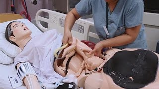 getlinkyoutube.com-دمية لمحاكاة عملية الولادة في كل حالاتها - hi-tech