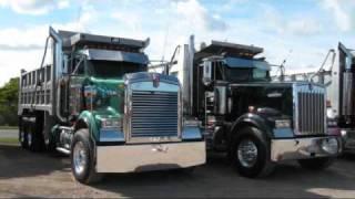 getlinkyoutube.com-Kenworth W-900 Peterbilt357 loud Jake Brakes, Train Horns, Loud convoy chrome Truck