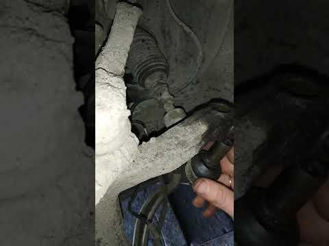 Порядок снятия наконечника и рулевой тяги Passat B5 (без спецключа)