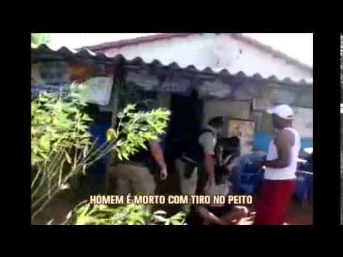 Vídeo mostra policiais atirando e matando homem envolvido em confusão
