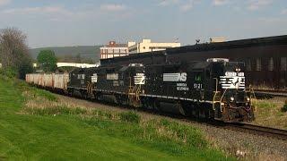 getlinkyoutube.com-Horse Fever - NS on the Harrisburg Line, 4 may 2015