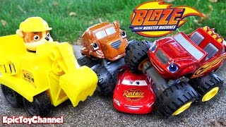 getlinkyoutube.com-BLAZE AND THE MONSTER MACHINES Nickelodeon Race Disney Cars Toy McQueen & Paw Patrol Rubble IRL