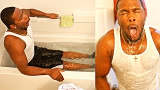 getlinkyoutube.com-FUNNIEST ICE BATH CHALLENGE ON YOUTUBE VLOG! HE COULDN'T TAKE THE COLD WATER!