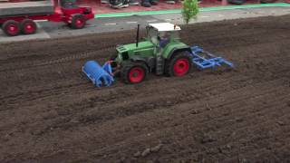 getlinkyoutube.com-RC tractors LIVE from the R/C expo Lipper Modellbautage in Germany!