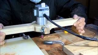 getlinkyoutube.com-Vessel making in trimmer jig トリマー手掘り補助冶具で変形器作り