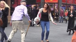 getlinkyoutube.com-Psycho Old Man Scare Prank! - Jackass Bad Grandpa