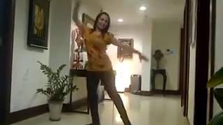 getlinkyoutube.com-Farzana Naz 2016 Dance in Dubai /رقض فرزانه ناز