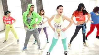 "getlinkyoutube.com-Shakira & Rihanna ""Can't Remember To Forget You"" Zumba Fitness by Narciss"