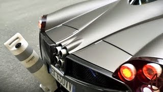 getlinkyoutube.com-Horacio Pagani in his Huayra in Monaco! - Revs, start-up and 'oops'