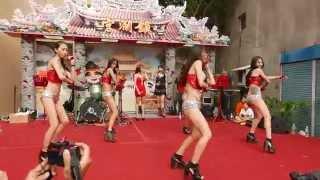 getlinkyoutube.com-Hot Q Girls勁歌熱舞~2015鎮瀾宮大甲媽回鑾遶境