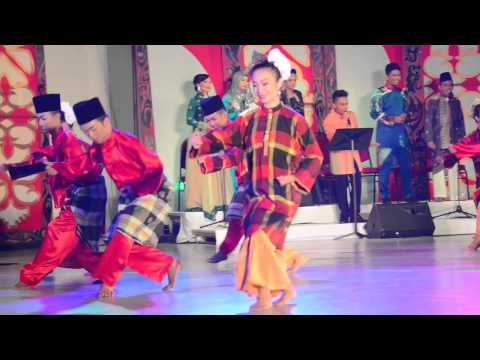 Dances Of Malaysia - Dancing In The Moonlight (19)