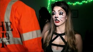 getlinkyoutube.com-How Girls Get Ready For Halloween!