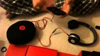 getlinkyoutube.com-How to tell the difference between fake and real Dr. Dre. Beats.