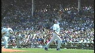 getlinkyoutube.com-Cubs-Yankees, June 7, 2003 (Wood-Choi collide, innings 3-4)