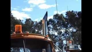getlinkyoutube.com-Mack B61 With 671 GM Australia Road Train SJ McCutcheon Narromine