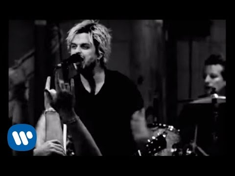 "Green Day: ""Let Yourself Go"" - [Official Live Video]"