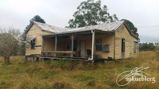 getlinkyoutube.com-Urban Exploration Australia: Abandoned farm house with some cool stuff in it.
