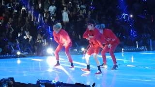 getlinkyoutube.com-Got7 x Monsta X dance battle at KCON 2015 LA
