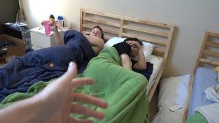 getlinkyoutube.com-2 GUYS 1 BED PRANK @ OPTIC HOUSE
