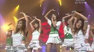 getlinkyoutube.com-SNSD - Into The New World (First Live - 12 August 2007)