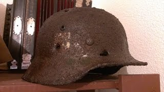 getlinkyoutube.com-Détection Militaria Fin 2014 Casque SS Dug Up MP40 and SS Helmet...