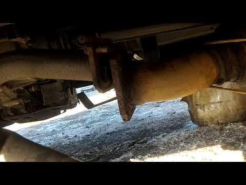 Расположение передних стоек у Mazda Просид Марви