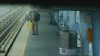 baby-falls-onto-train-tracks-in-philly-caught-on-camera