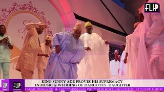 King Saheed Osupa proves to K1 to his face why he was crowned KING OF MUSIC. width=