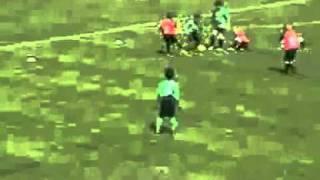 Madin Mohammad Bocah Ajaib melebihi Cristiano Ronaldo Zidane bahkan Messi .kereeen...flv view on youtube.com tube online.