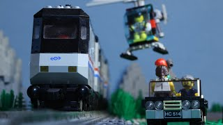 getlinkyoutube.com-Lego Train Chase (Stop Motion)