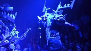 "getlinkyoutube.com-Gwar live ""The Road Behind"" and a Tribute to Oderus 10/19/14"