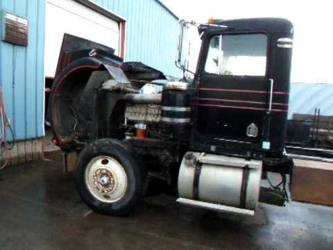 1973 Kenworth 1693 Cat