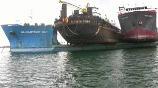 getlinkyoutube.com-Log  barges and tugs to China . Marine Accident waiting to Happen mp4