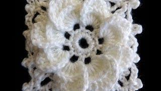 getlinkyoutube.com-Crochet : Formando un Cuadrado con la Flor de 8 Petalos