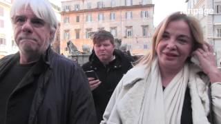 getlinkyoutube.com-I funerali di Monica Scattini: Verdone, Haber e tanti amici per l'ultimo saluto
