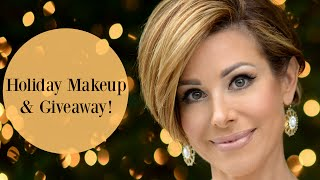 getlinkyoutube.com-Golden Holiday Makeup Tutorial & Giveaway!
