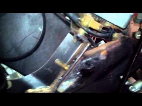 Расположение сальника двигателя в Suzuki Cultus