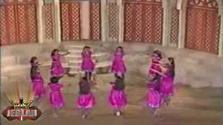 getlinkyoutube.com-احنا عشقناها - من احتفلات العيد الوطني سنة 81