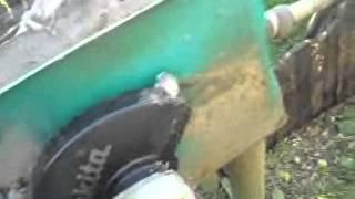 getlinkyoutube.com-Садовый измельчитель своими руками из болгарки идея В  Беляева